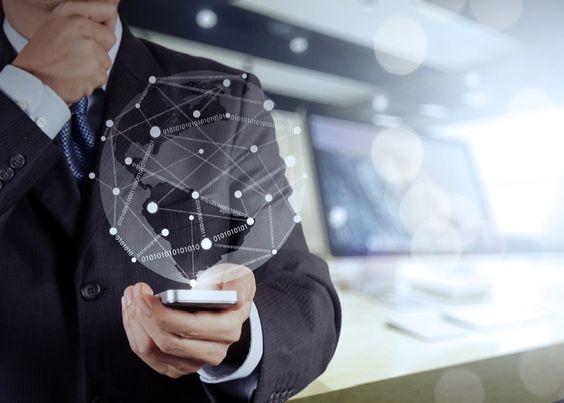 TENDENCIA 2016.  La era del nuevo milenio ha traído consigo la explotación de las ideas de las décadas anteriores y su desarrollo más allá de lo previsto. La tendencia en tecnología para el 2016 apunta a lo cómodo a lo versátil a lo ecológico incluso. Ahora veremos 5 tendencias que pueden surgir para el presente año y que tal vez te interesaría conocer.  5 TENDENCIA EN TECNOLOGÍA PARA EL 2016.  Dispositivos en red: Los wearables y sensores de ecosistemas para internet formarán parte de la…