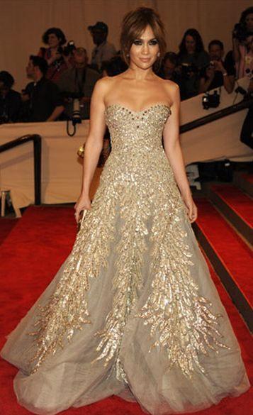 White and Gold Wedding. Sweetheart Corset Ballgown Dress. Jennifer Lopez, in Zuhair Murad