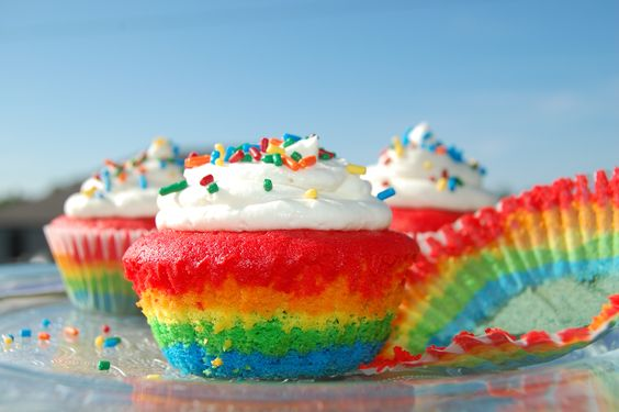 rainbow cupcakes - Buscar con Google