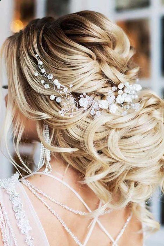The Best Wedding Hairstyles That Are Fit For The Bride Springwedding Envywear Popular Braided Prom Hair Unique Wedding Hairstyles Best Wedding Hairstyles