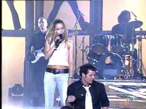 Beth Alejandro En El Medio Del Camino Musica Youtube Alejandro