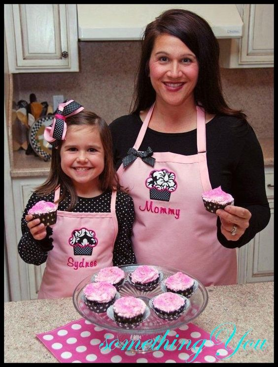 Personalized Mommy and Me Cupcake Apron Set - Mother and Daughter Matching Aprons, Custom Baking Aprons, Personalized Kitchen Aprons Family by SomethingYouAprons on Etsy https://www.etsy.com/listing/210667182/personalized-mommy-and-me-cupcake-apron