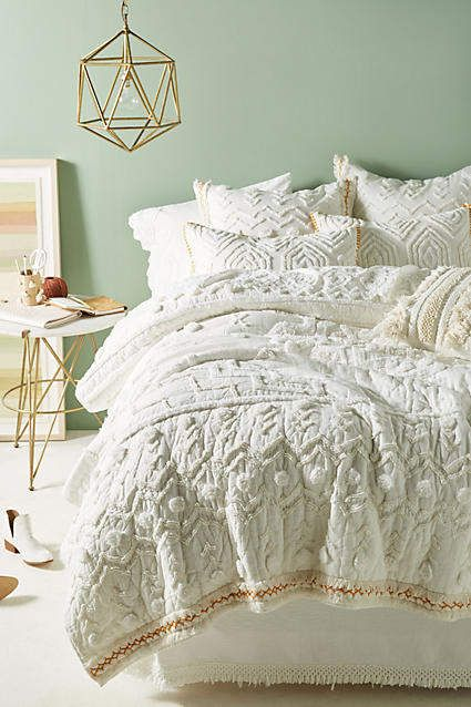 Anthropologie Tufted Cidra Quilt Anthropologie Anthro Home Bedding Bedroom Quilt White Duvet House