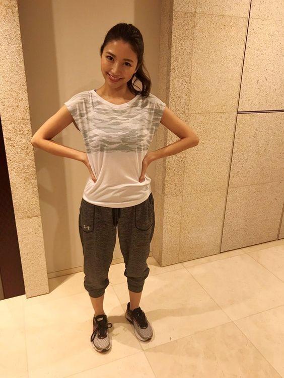 「フジテレビ×モデルプレス」女性アナウンサー連載でスポーティーな格好をしている三田友梨佳アナの画像