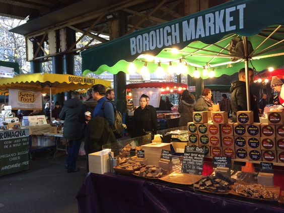 When you are as devoted to fudge as I am, a visit to the fudge stall at Borough Market can't be beat (not to mention all the other yummy attractions!)