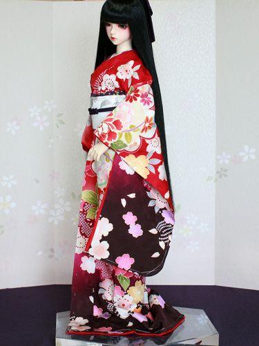 彩花 ドールのための着物と衣裳