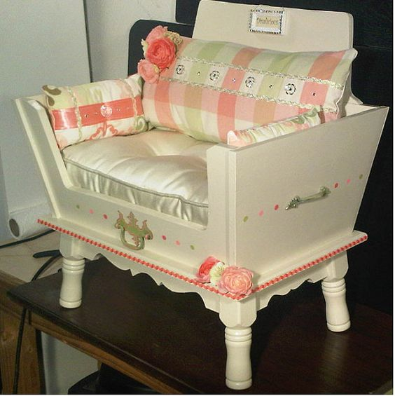 Handmade pet bed dazzling diva pets shabby chic and for Shabby chic dog