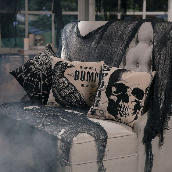 Vintage+Throw+Pillows+Halloween+Décor+-+OrientalTrading.com