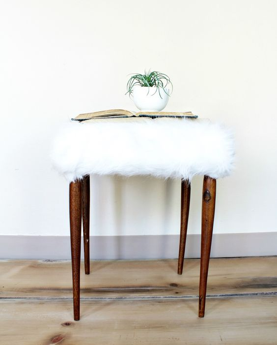 Adorable Faux Fur Foot Stool