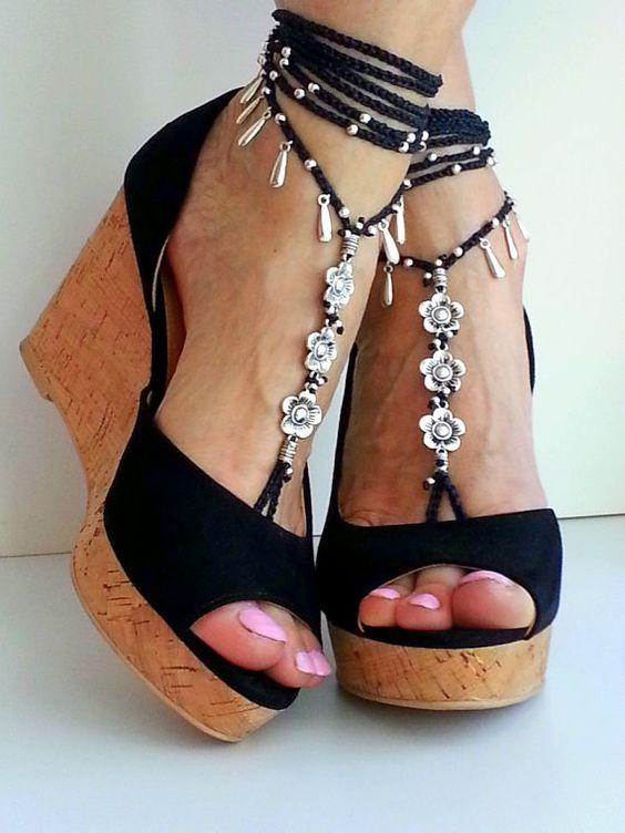Fleurs des sandales aux pieds nus Boho enveloppée par FiArt sur Etsy
