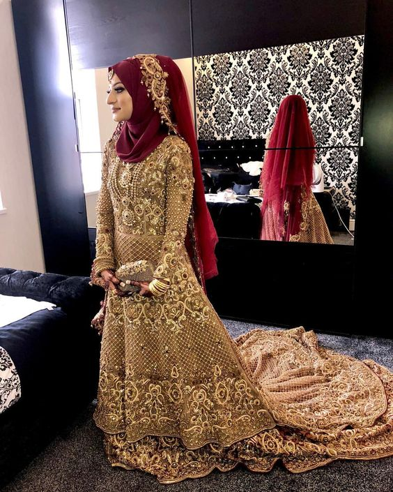 STUNNING  Hijab, jewellery, dupatta & veil setting by @istylehijabs Makeup by @beauty.by.aisha Feedback from my gorjj bride:…