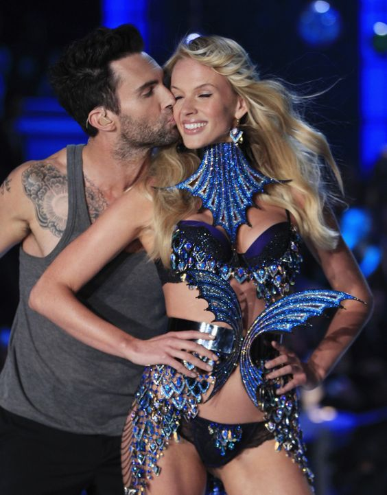 Adam Levine and his Angel gf. This was too cute!