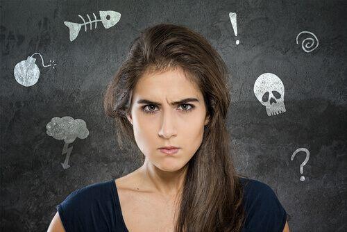 Alcuni suggerimenti che possono aiutare a smettere di lamentarsi di continuo