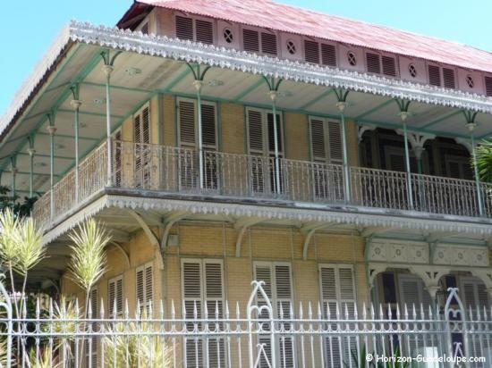 Mus e saint john perse guadeloupe architecture Architecture perse