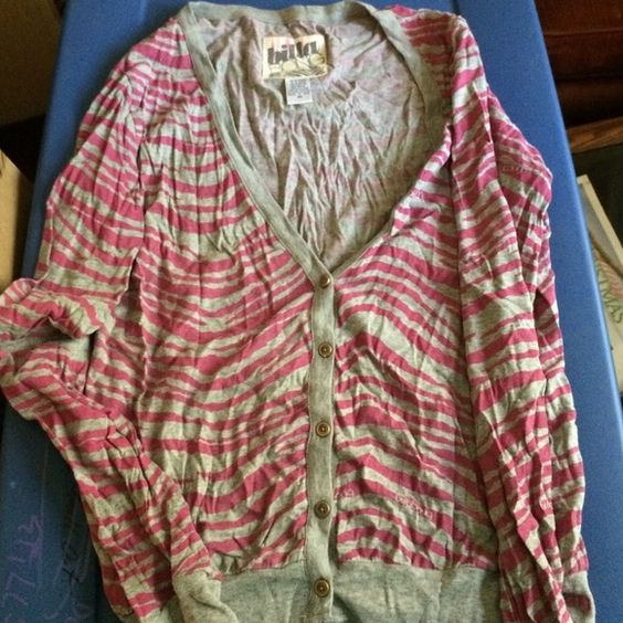 Pink and grey zebra print billabong cardigan Pink and grey zebra print billabong cardigan button down Billabong Sweaters Cardigans