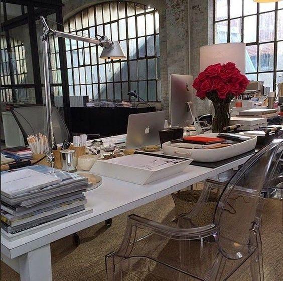 office in intern movie szukaj w google advertising agency office szukaj