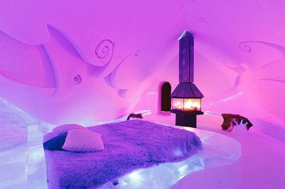 Ice Suite at Hotel de Glace - Quebec  Arctic sleeping bags are provided to stay warm inside the room made entirely of snow and ice...that would b perfect now.