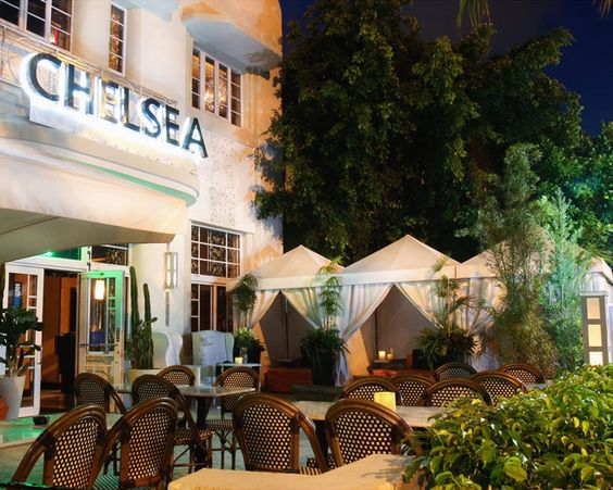 Hotel chelsea in south beach miami no pool small and for Small intimate hotels