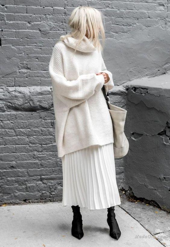 Мода и стиль: Большой и тёплый – зимний оверсайз (правила ношения объёмной одежды в холодное время года)
