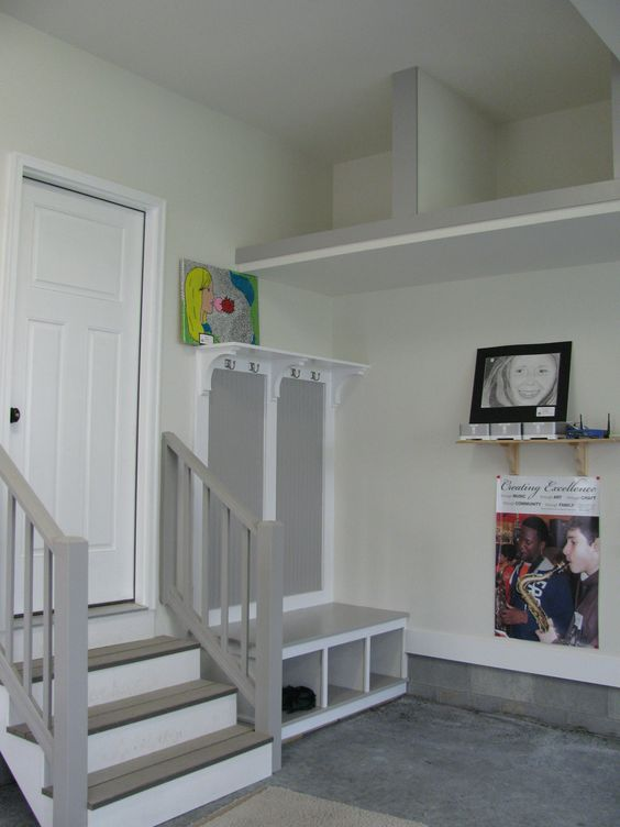 Pinterest the world s catalog of ideas for Garage mudroom designs