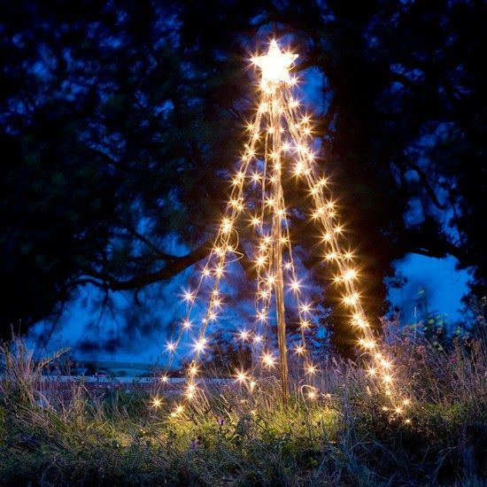Outdoor Christmas Lighting Ideas Ideal Home Lamps Christmas Tree Rockefeller In 2020 Outdoor Christmas Tree Outdoor Christmas Lights Christmas Decorations Diy Outdoor