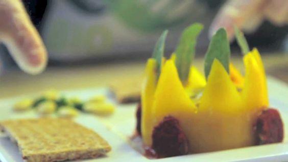 MOUSSE DELLA REGINA - (Antipasto Vegano a Base di Peperoni Gialli e Mandorle)