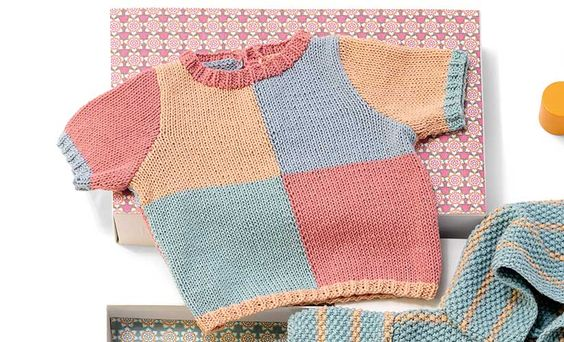 Revista bebé 76 Primavera / Verano | 41: Bebé Jersey | Azul agua / Rosa muy…