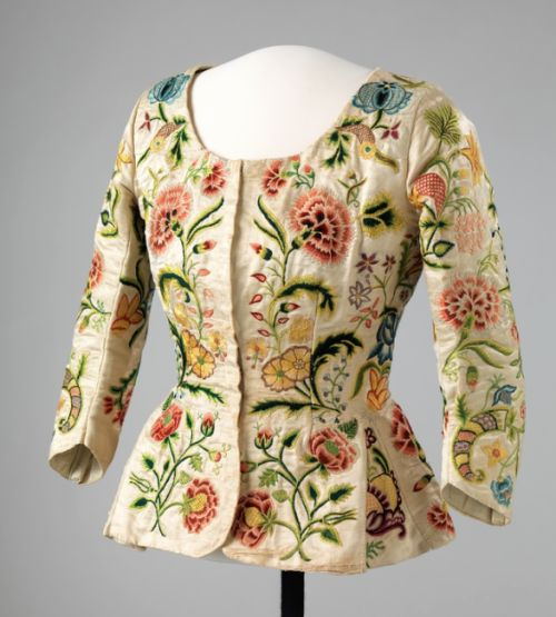 Embroidered silk jacket (trøye, a rural version of the casaquin), ca. 1770. From The National Museum in Oslo (OK-06197)