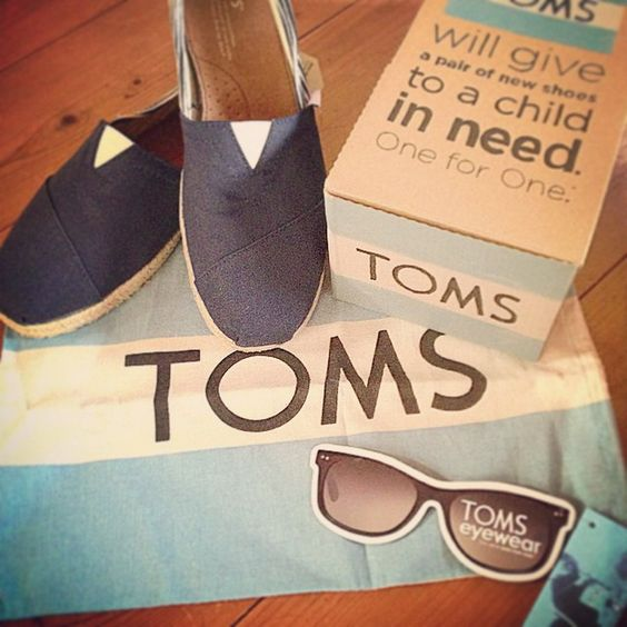 It's time for your little one to shine in a sparkling pair of Cheap Toms Shoes. Shop now! Toms Outlet #Toms #Outlet only $11.99