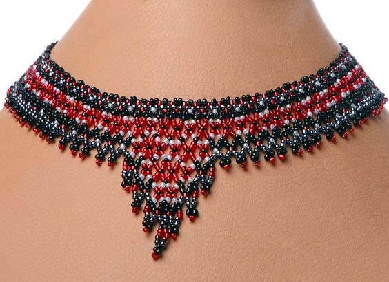 Free pattern for necklace Scotland Click on link to get pattern - http://beadsmagic.com/?p=5730