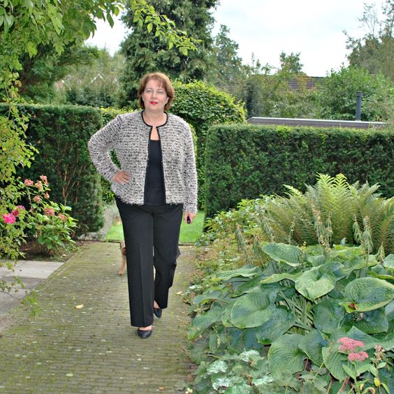 Foxgloves and thimbles: A knit boucle cardigan