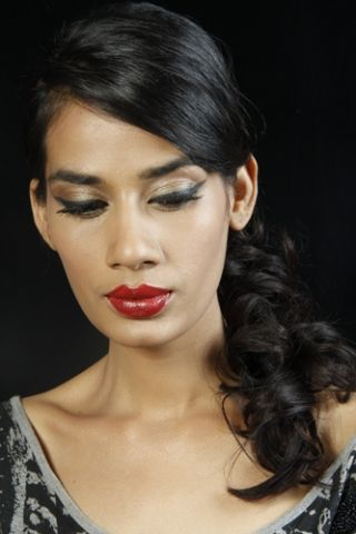 How to get a Retro Look - New Love- Makeup