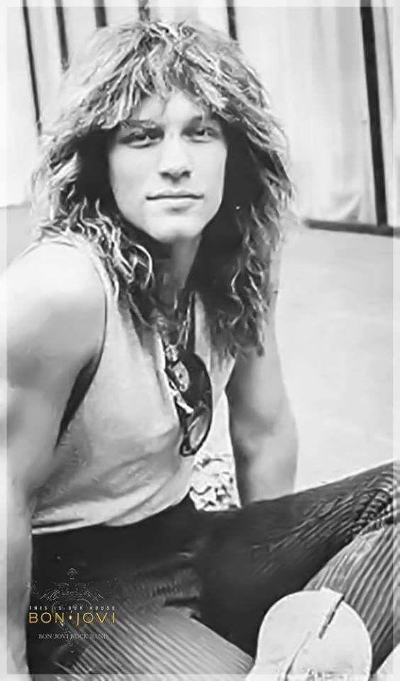 A young Jon Bon Jovi | Bon jovi, Jon bon jovi, Bon jovi always