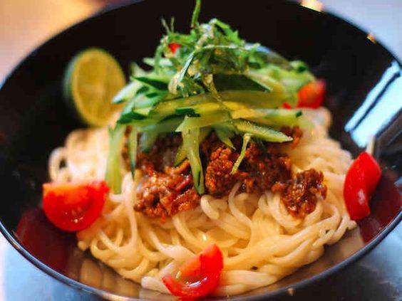ヘルシーなジャージャー麺の画像