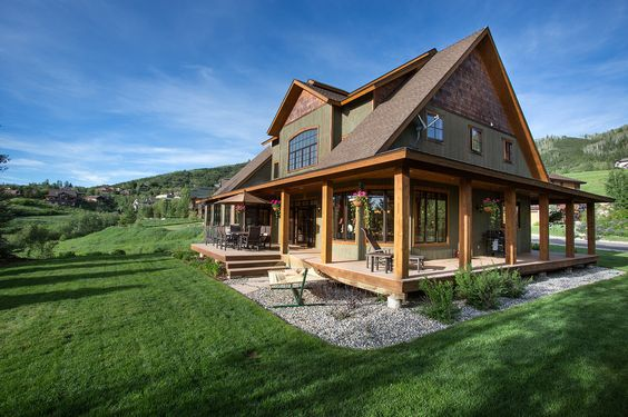 Barn style house plans wrap around porches and barn style for Barn house plans with porches