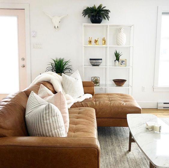 Sofa da thật tphcm cho không gian bình yên mang đến sự thỏa mái cho gia đình bạn