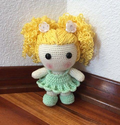 Amigurumi Princess Doll in Cape Crochet Free Pattern | 500x480
