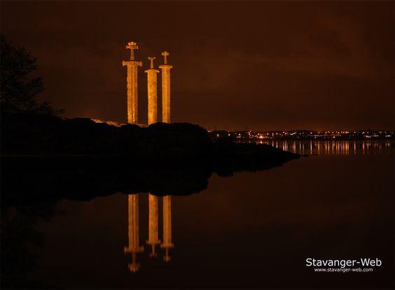 Monumento de espadas en Noruega (impresionante!!) - Taringa!
