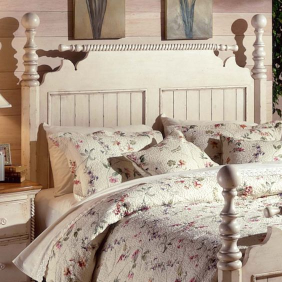Wilshire Post Bed by Hillsdale Furniture | Four Poster Bed, Beds