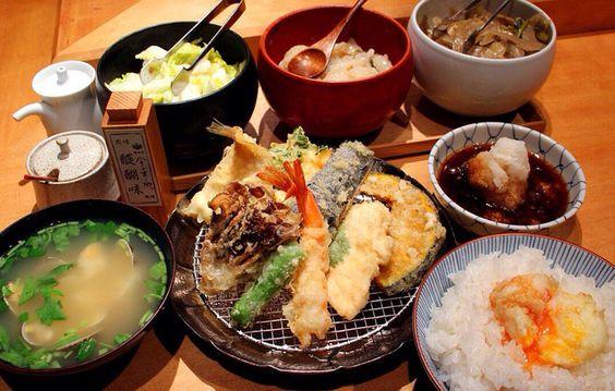 飯テロ・天ぷらずくし定食