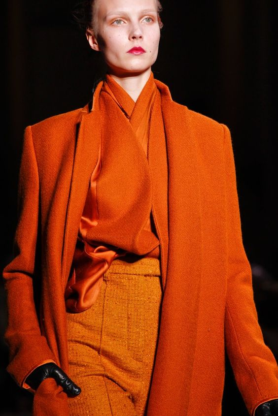 Haider Ackermann Fall 2012 Ready-to-Wear collection, runway looks, beauty, models, and reviews.