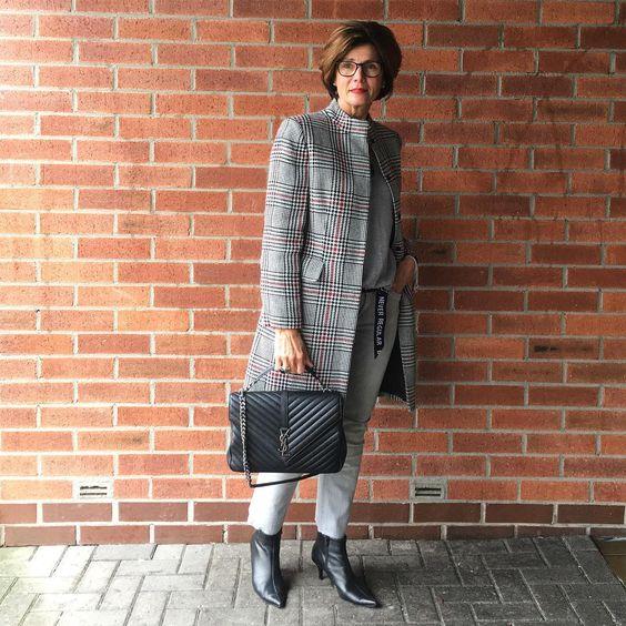 Модный минимализм в одежде для женщин старше 50 лет | Новости моды