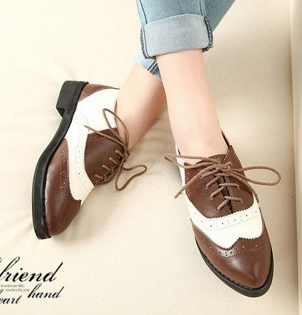 Two-tone oxfords.