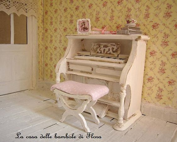 upright piano dollhouse miniature