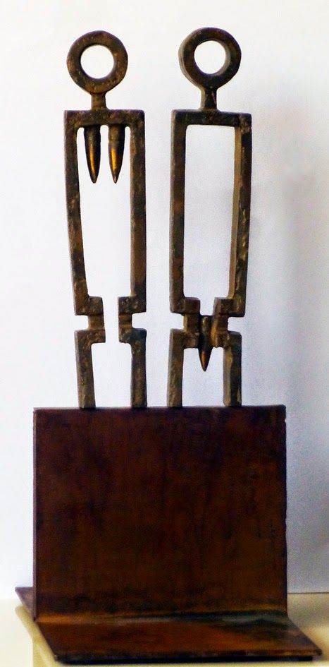 Fernan como escultor: NO A LA GUERRA - Bronce