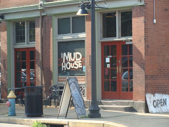 Mud House Cherokee Lemp Historic District St Louis Mo Mud House House Outdoor Decor