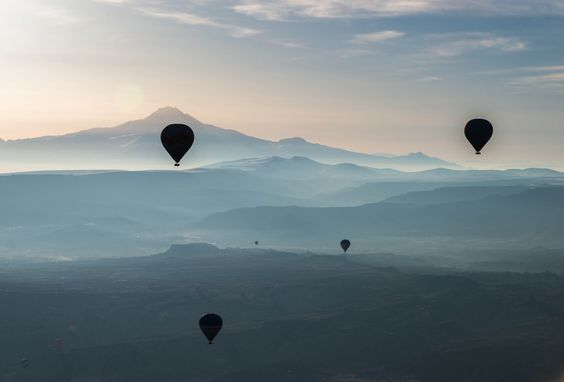https://flic.kr/p/sgDnwN   balloons in the mist
