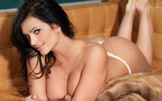 ¿Por qué te pasas todo el tiempo mirando mujeres hermosas y sexis por la red? Atrévete a descubrir lo que realmente las atrae?