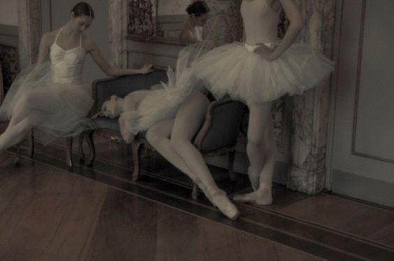 Webitorial: Ballerinas — Atlas