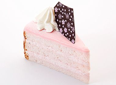 OKayama|Sweets|HAKUJUJI|岡山 おかやま|スイーツ| 白十字|桜のバケーション♪  ほんのりピンク色のしっとりとした桜のスポンジに桜のクリームをサンドした桜満開のケーキです。[ ¥360 ] *4/5(金)〜発売予定